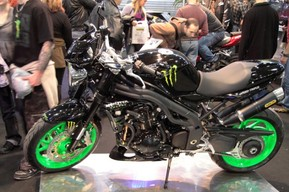 Speed Triple tuning Monster Energy