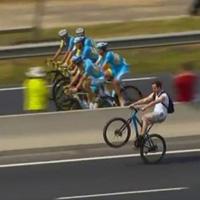 spectateur wheeling tour de france 2014
