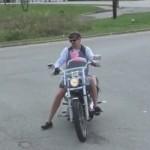 babysitter motard danger