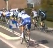 crash of yoann offredo paris roubaix