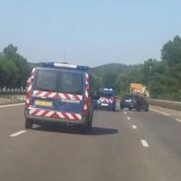 Automobiliste zigzague police
