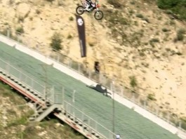 robbie maddison skull candy drop in moto ski olympique