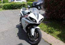 Yamaha R1 sale