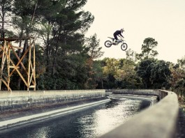 backflip moto électrique
